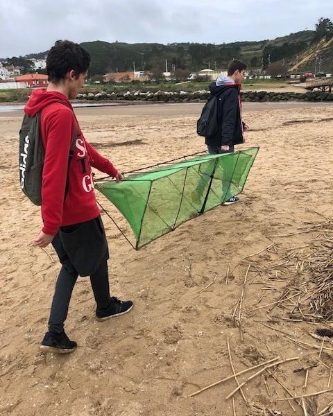Armadilha ilegal encontrada na Baía de São Martinho do Porto