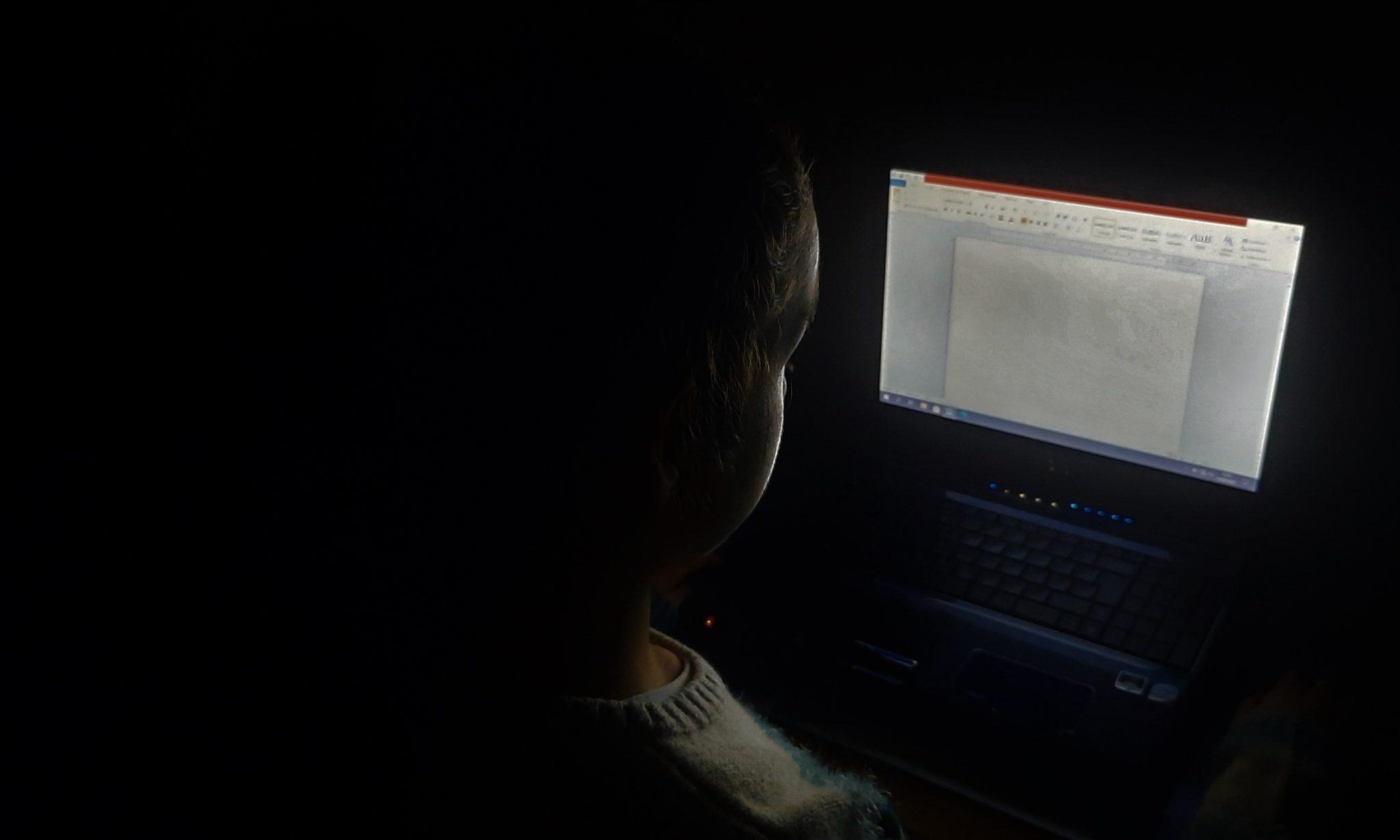E@D veste-se de luz artificial e ameaça saúde em Portugal